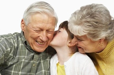 El amor de abuelos. 16 ternuras (y muchas más) que ellos nos regalan