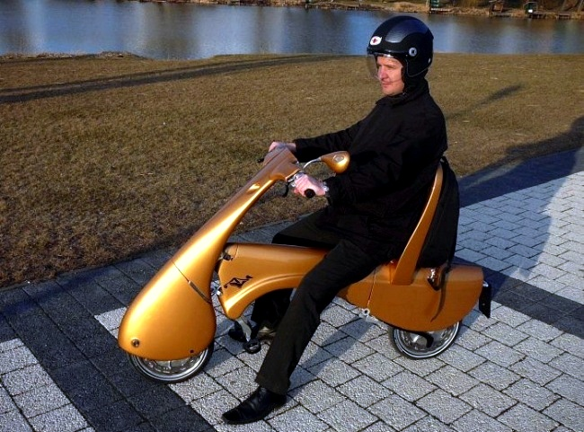 Curiosidades-inventoscotidianos-scootereléctrico