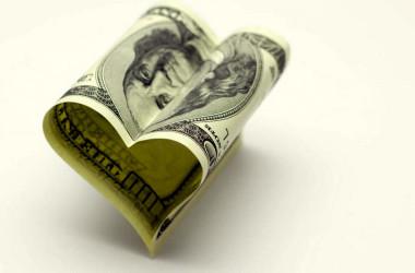 ¿En qué deberíamos invertir el dinero para ser más felices?