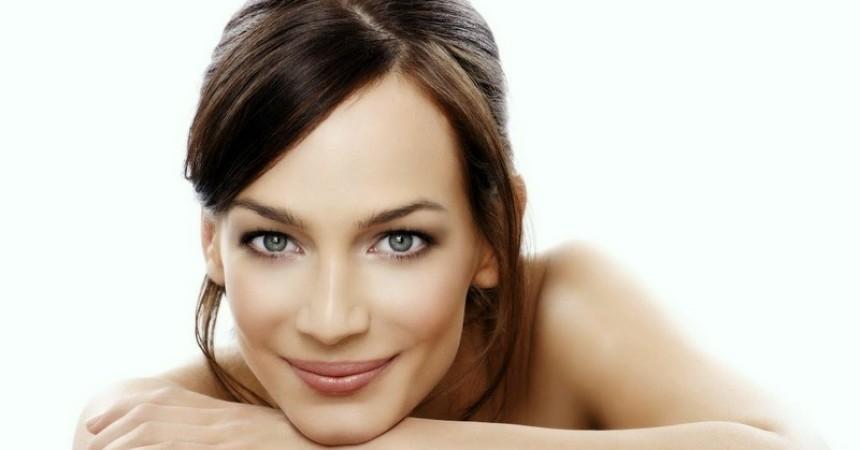 Proteínas de almidón: un efectivo lifting facial sin cirugía