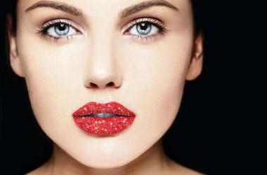 Labios brillantes: nuevas ideas para una boca muy sexy