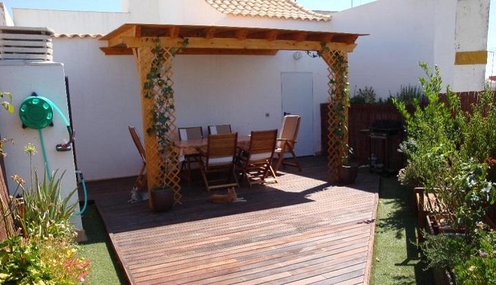 El jard n un lugar de vacaciones todo el a o users life for Mobiliario de terraza y jardin