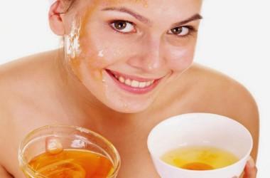 Miel: elemento mágico para lucir un rostro radiante