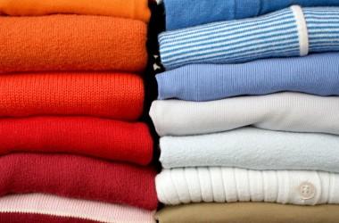 3 fórmulas increíbles para quitar las manchas de humedad de la ropa